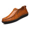 Men Hand Stitching Sfot Leather Non Slip Sole Comfy Slip-on Casual Driving Shoes - Yellow Brown