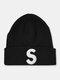ユニセックスニットウールSレターパターン刺繡ビーニーハットニット帽 - ブラック