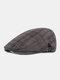 पुरुषों ने वार्म प्लेड पैटर्न कैजुअल फॉरवर्ड हैट बेरेट हैट फ्लैट कैप रखे - अंधेरे भूरा