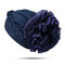 Femmes couleur unie respirant confortable bonnet chapeau grande fleur derrière le bonnet musulman tas tas tas