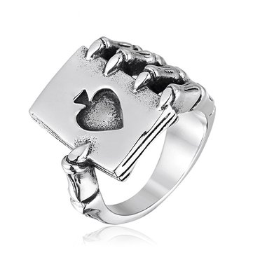Cool Spades Claw Finger Ring