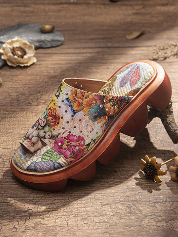 SOCOFY Handmade Graceful Floral Print Hollow Out Toe Ring Platform Sandals