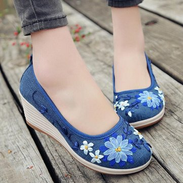 Handmade Embroidered Cloth Wedges Shoes