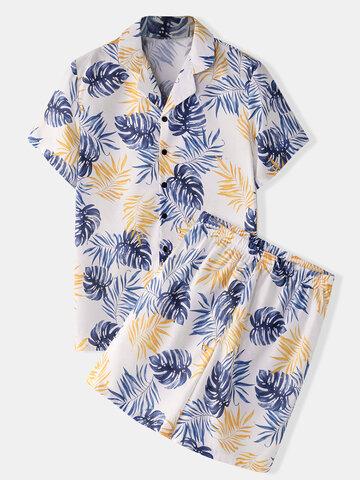 Pijama floral com estampa tropical