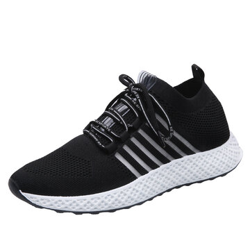 Men Knitted Fabric Comfy Breathable Running Shoes