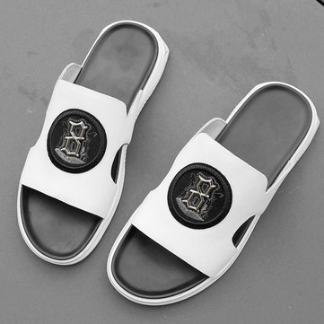 European Station Leather Men's Sandals And Slippers Season New Wild Word Drag Outside Wearing Fashion Casual Men's Sandals