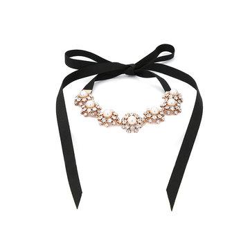 Elegante colar de pérolas Rhinestone Lace Necklace