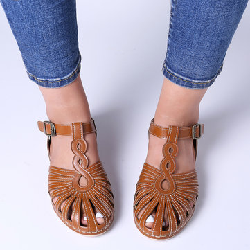 newchic / Hollow Closed Toe Buckle Sandals