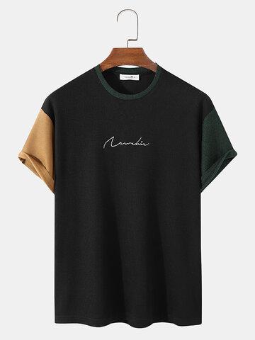対照的なカラーパッチワークTシャツ