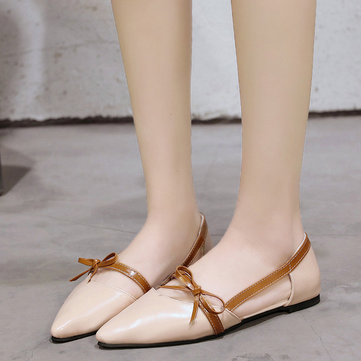Season New Flat With Single Shoes Female Shallow Mouth Pointed British Wind Wild Flat Peas Shoes Hollow Women's Shoes