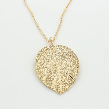 Trendy Gold Leaf Pendant Necklaces