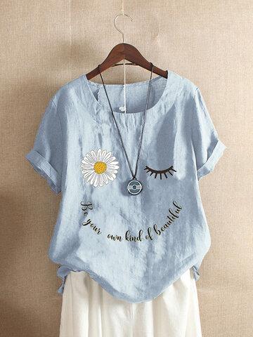 Camiseta com estampa floral margarida