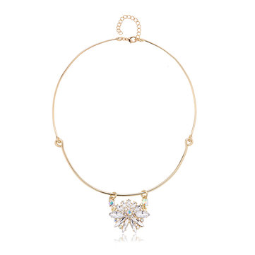 Balancing Style 24 Gold Plated Splice Flower Rhinestone Pendant Collar Necklace