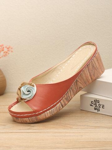 Cuñas florales con punta abierta zapatillas
