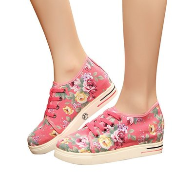 Flower Printing Hidden Heel Shoes