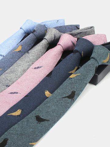 Cotton Bird Feather Tie