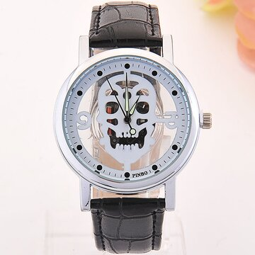 Trendy Skull Quartz Watch