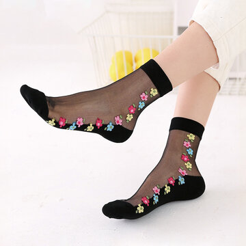 Breathable Lace Middle Tube Socks