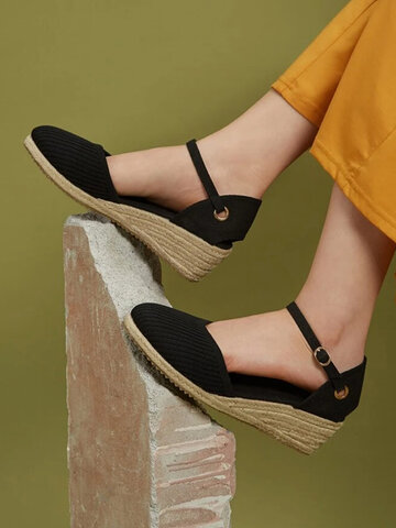 Casual Knitted Buckle Closed Toe Sandals