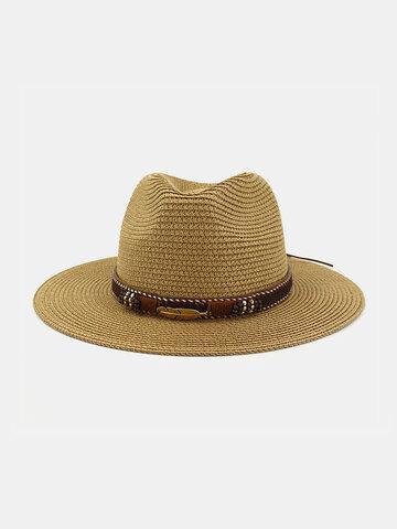 قبعة من القش للرجال والنساء في الهواء الطلق على شاطئ البحر ظلة قبعة الشاطئ