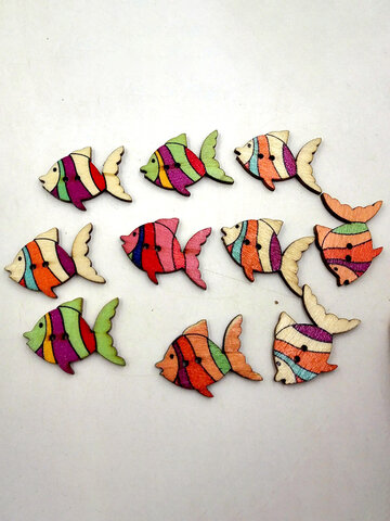 50 Pcs Fish Shaped Wooden Sewing Buttons