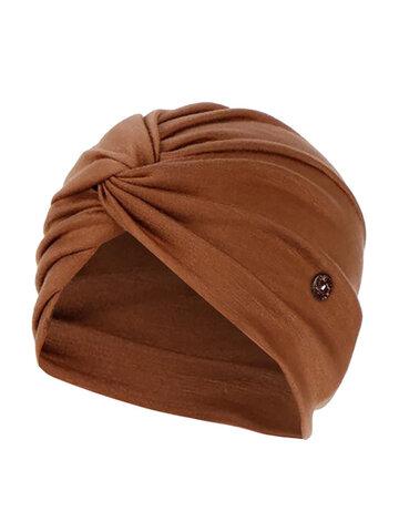 الصلبة اللون قبعة قبعة صغيرة مرنة قبعة الأشرطة المضادة للأذن مع زر