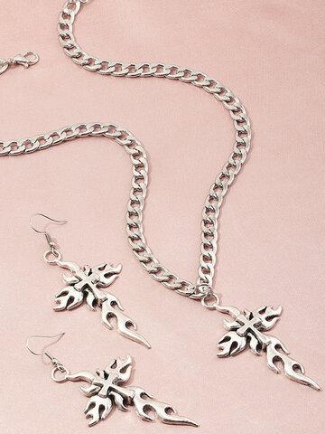 Flame Cutout Necklace Set