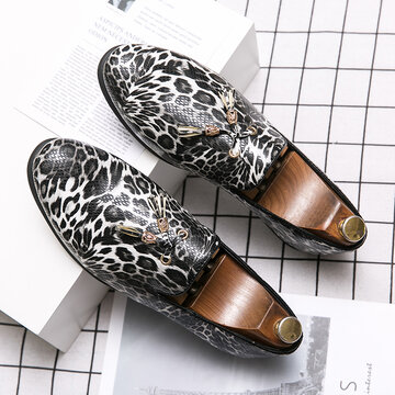 Men Leopard Printed Embossed Leather Dress Shoes