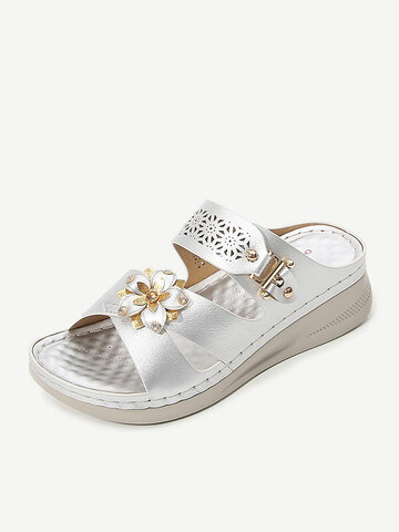 Carved Hollow Flower Decor Slippers Wedges Sandals