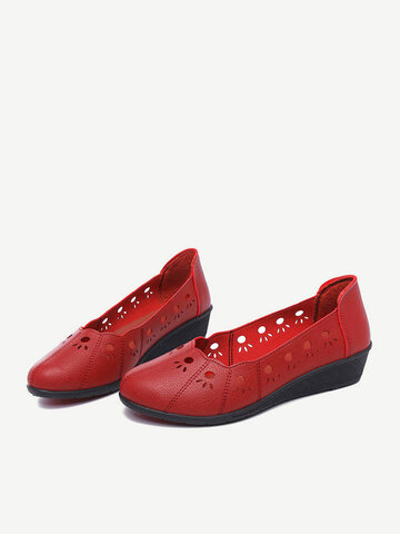 Soft Breathable Hollow Slip On Flats
