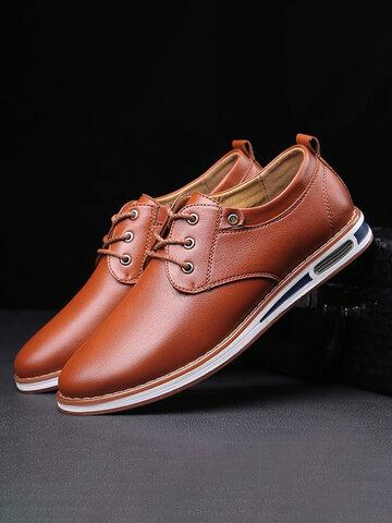 Scarpe casual in pelle da uomo in puro colore