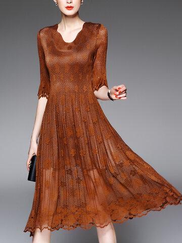 V-neck Half Sleeve Pleated Lace Dress