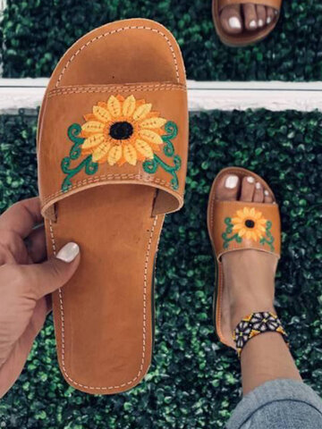 Flower Embroidered Stripe Slippers