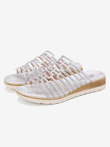 Pantofole casual con piattaforma scavata