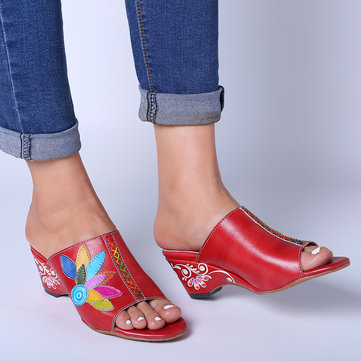 Soft Leather Flowers Pattern Sandals