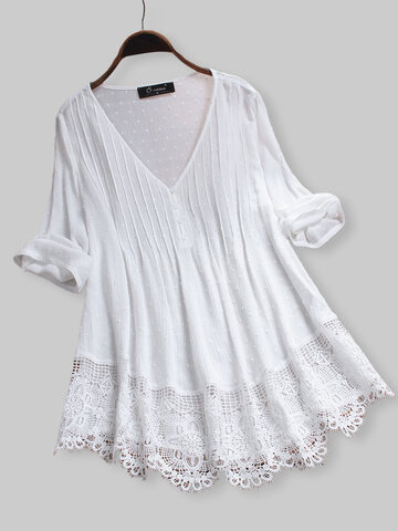 Jacquard Pleated Lace Hollow Blouse