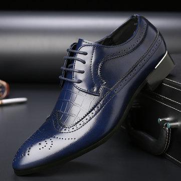 पुरुषों नक्काशीदार चमड़े गैर पर्ची ब्रोगल औपचारिक जूते