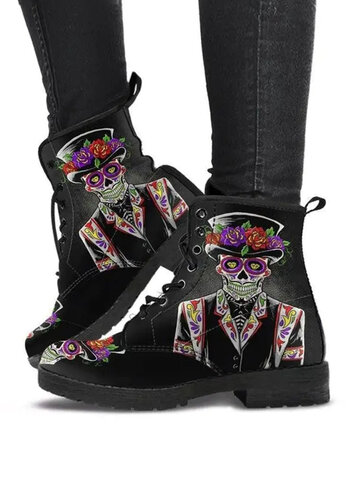 Black Mysterious Skull Character Print Tooling Boots