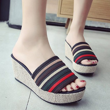 Stripe Platform Wedges Chinelos de salto