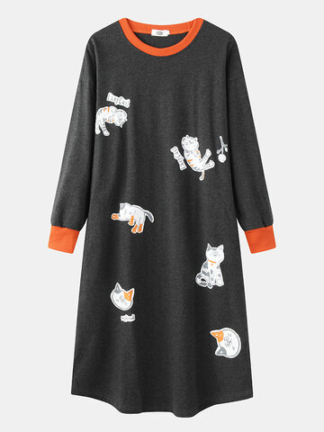Cartoon Cats Print O-Neck Long Sleeve Nightgown