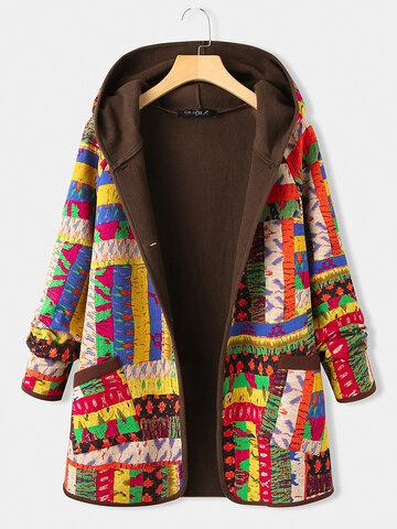معطف سميك بطبعة كلاسيكية