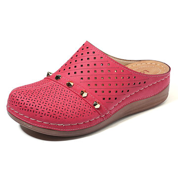 Rebite Leve Slip On Sandals
