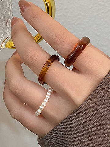 Irregular Acrylic Pearl Rings