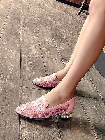 Elagant Mesh Flower Embroidery Loafers Shoes