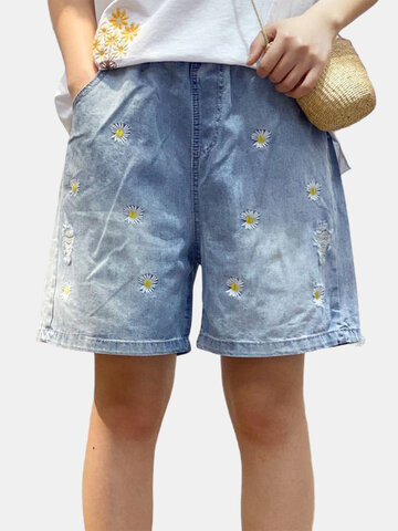 Daisy Floral Embroidery Denim Shorts