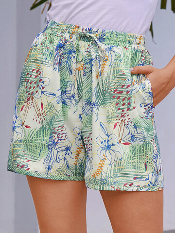 Calico Print Elastic Holiday Shorts