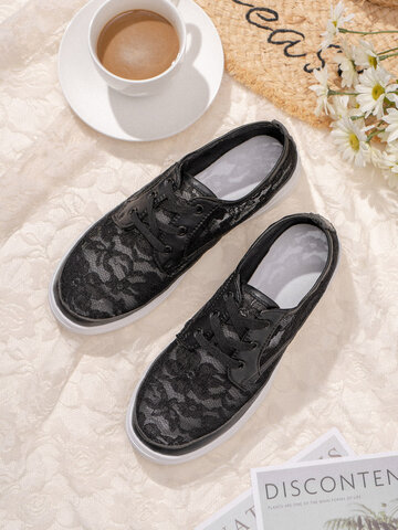 Hollow Flowers Lace Strappy Flat Casual Shoes