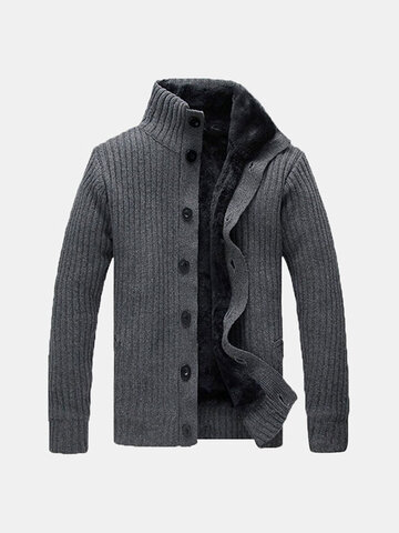 Verdickte Strickjacke