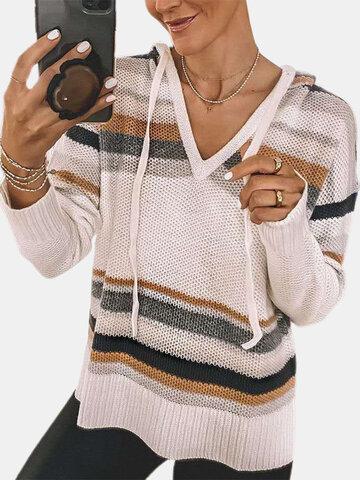 Полосатый свитер с капюшоном и длинными рукавами