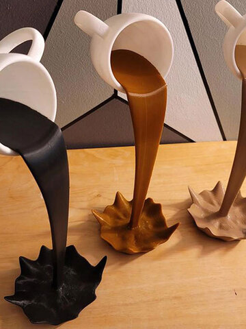 Floating Spilling Coffee Cup Sculpture Kitchen Decor Spilling Pouring Splash Ornaments And Household Goods Supplies